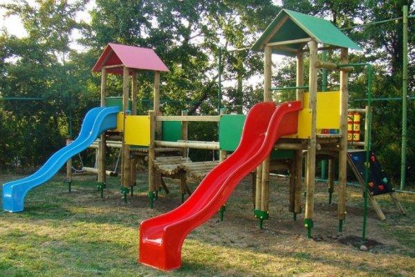 place zabaw, place zabaw ekologiczne, place zabaw dla dzieci, place zabaw do szkoły, solidne place zabaw, plac zabaw szkolny, producent placów zabaw, plac zabaw producent, place zabaw przedszkolne