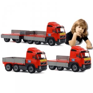Ciężarówka Volvo z przyczepą Wader QT