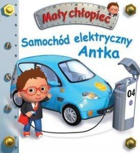 KS2. Mały chłopiec. Samochód elektryczny Antka