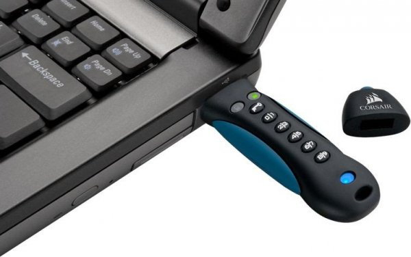 Corsair PADLOCK 3 64GB USB3.0 keypad, Secure 256-bit hardware AES       encryption
