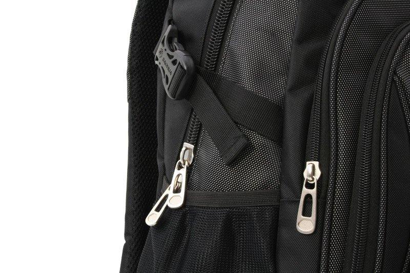 Plecak czarny - 2 kieszenie z siatki i 4 kieszenie zapinane na suwak