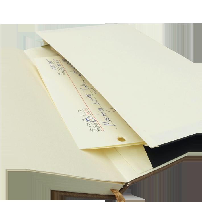Notes A5 z długopisem zamykany na gumkę z blaszką Z NADRUKIEM - kieszonka