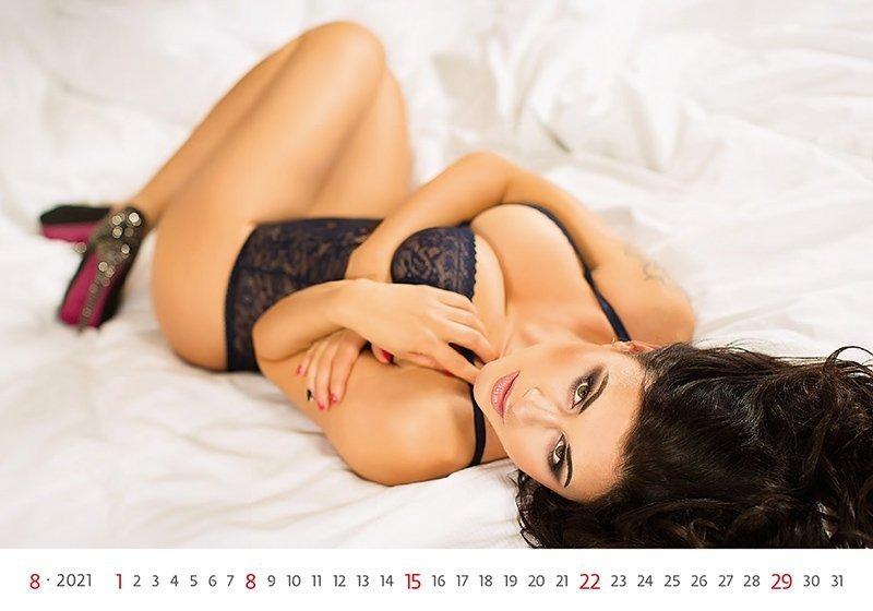 Kalendarz ścienny wieloplanszowy Flirt 2021 - sierpień 2021