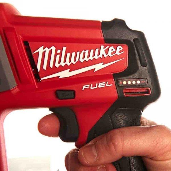 Znakomita młotowiertarka Milwaukee SDS-PLUS M12 CH-602X