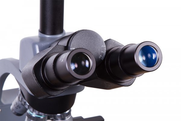 Mikroskop trójokularowy Levenhuk 740T