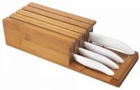 Blok z 4 białymi nożami ceramicznymi Kyocera Kolor