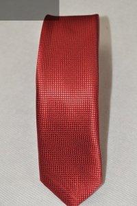Krawat czerwony tłoczony