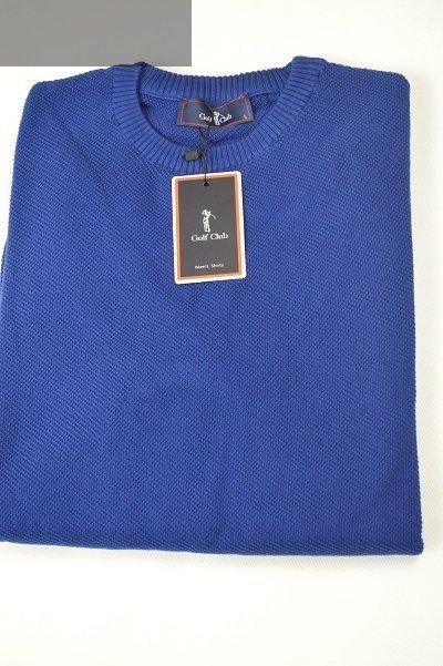 Granatowy sweter męski ze wzorem.