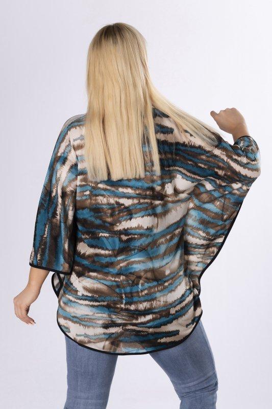 wzorzysta bluzka o kroju typu nietoperz