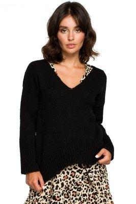 BK012 Sweter z asymetrycznym dołem - czarny