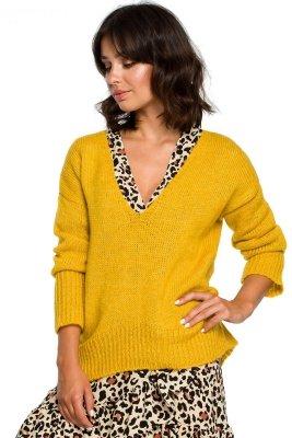 BK012 Sweter z asymetrycznym dołem - miodowy