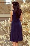 Rozkloszowana sukienka midi z dekoltem  Giulia - Granatowa - numoco 219-1