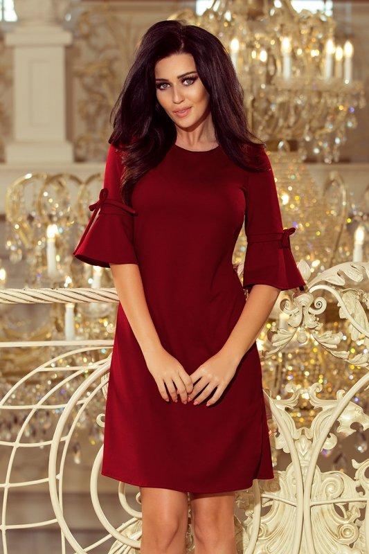 Trapezowa sukienka z rozkloszowanymi rękawkami Neva - Bordowa - numoco 217-3