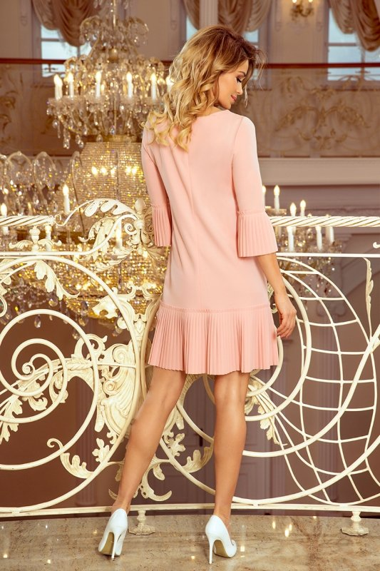 Plisowana wygodna sukienka Lucy - Brzoskwiniowa - numoco 228-1