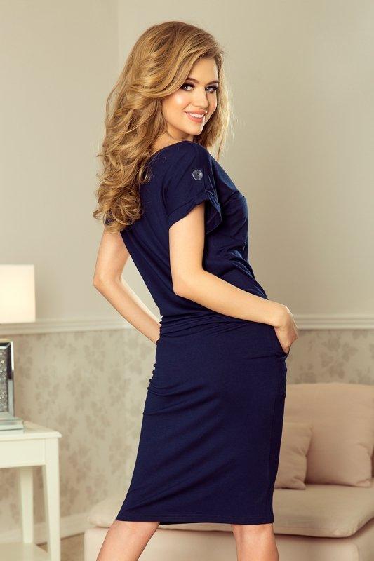 Sukienka sportowa z krótkim rękawkiem i kieszonką - Granatowa