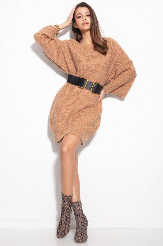 Dzianinowa sukienka-F1105-carmel-1