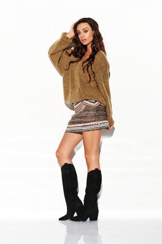Sweter z dużym dekoltem - StreetStyle LSG111- capucino- 2