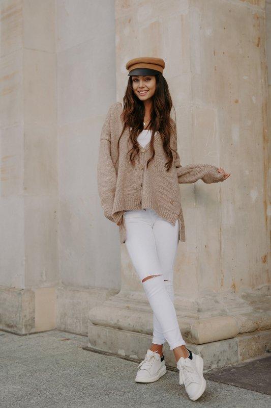 Sweter z guzikami i dłuższym tyłem - LS307-capucino -8