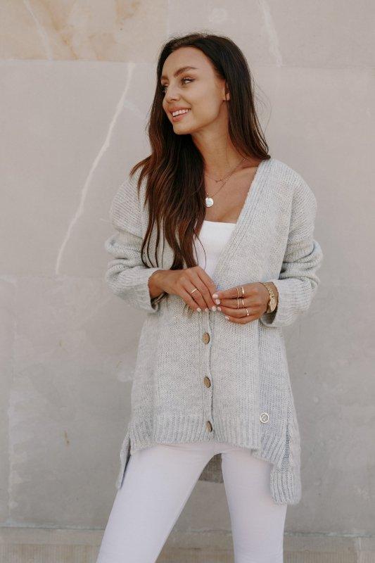 Sweter z guzikami i dłuższym tyłem - LS307- jasnoszary -2