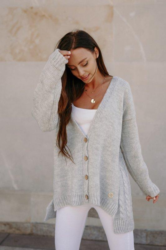 Sweter z guzikami i dłuższym tyłem - LS307- jasnoszary -4