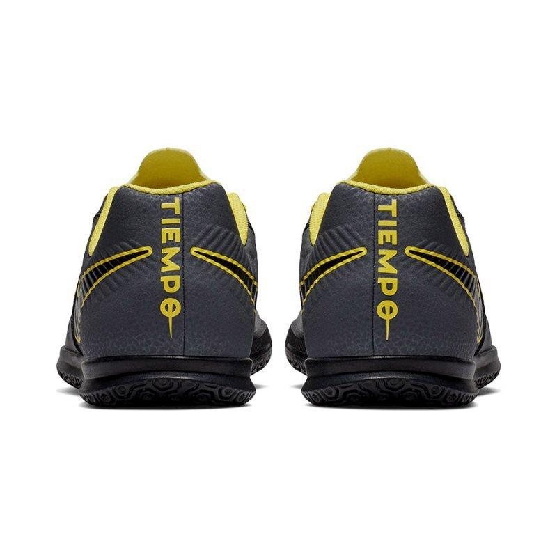 Buty Nike JNR Tiempo legendX 7 Club IC AH7260 070 szary 28 1/2