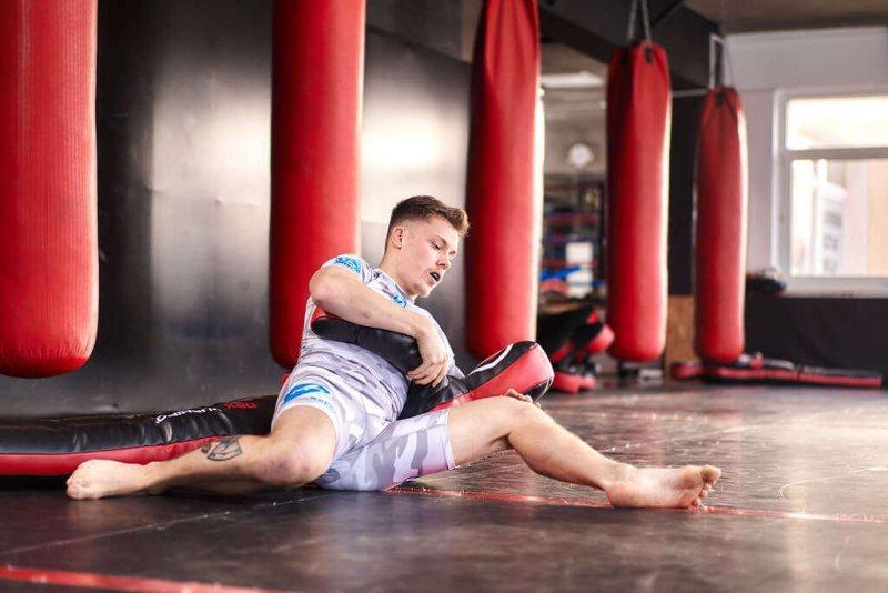 Manekin Treningowy Dwunożny - MMA, Judo, Zapasy - 166 cm 30 kg  DBX-D-1
