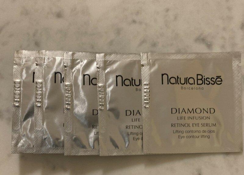 Natura Bisse Diamond Life Infusion Retinol eye serum liftingujące serum pod oczy z biomarkerami 1,5 ml próbka