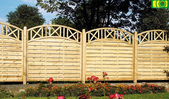 L02 drewniany płot lamelowy (180x180)