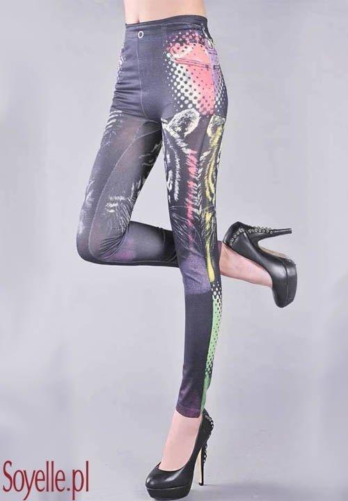 LITTLE TIGER legginsy imitujące czarne jeansy z kolorowymi, tygrysimi wzorami