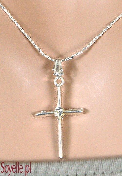 CROSS SMALL delikatny łańcuszek z krzyżykiem, srebrny kolor, błyszcząca cyrkonia