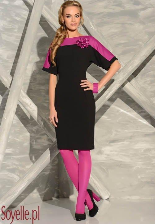 LUIZA czarna sukienka z kwiatem, wykończenie w kolorze fuksja