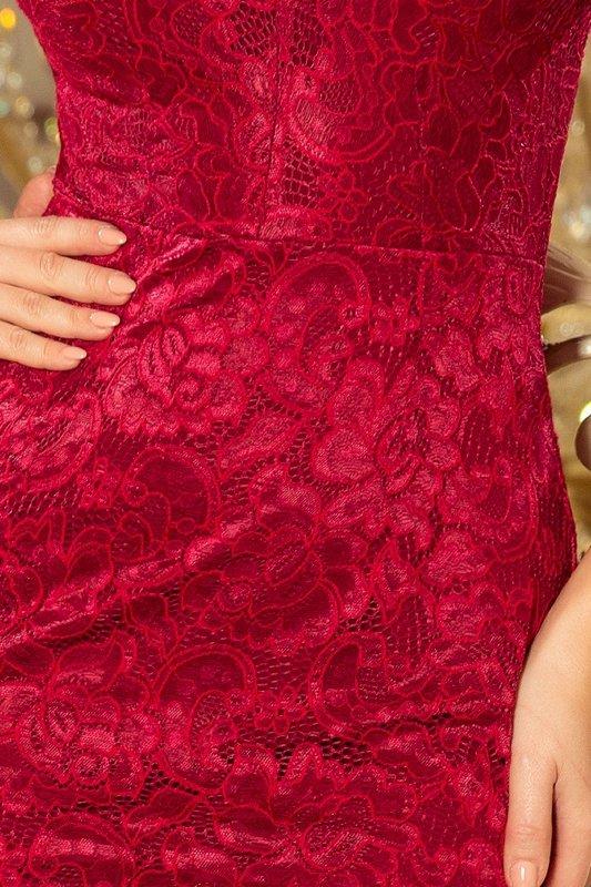 ołówkowa sukienka z koronki z rozkloszowanymi mankietami