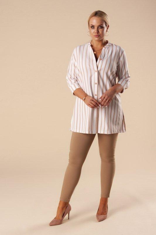 tunika o koszulowym kroju z rozcięciami po bokach