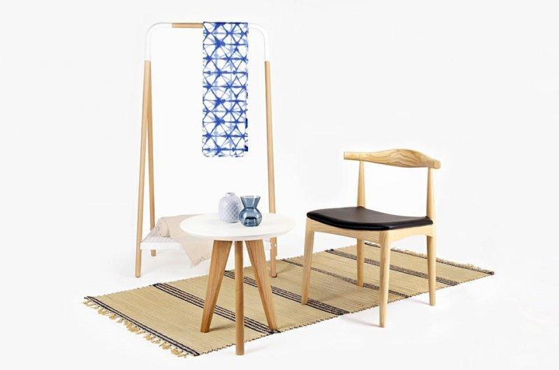 Krzesło ELBOW naturalne - drewno jesion, ekoskóra czarna