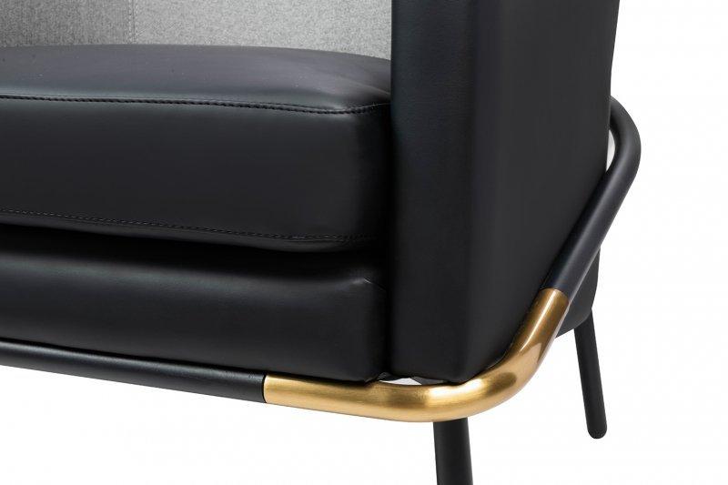 Fotel GUBI czarny ekoskóra tkanina szary - podstawa czarna - złota