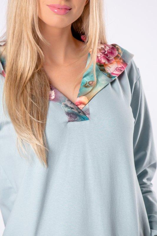 długa bluza z kapturem w kwiatowy wzór
