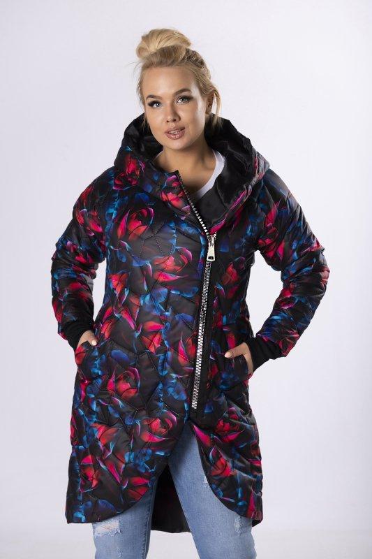 pikowana kurtka z printem