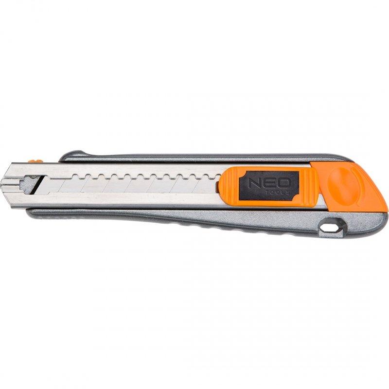 Nóż z ostrzem łamanym 18 mm, metalowy korpus