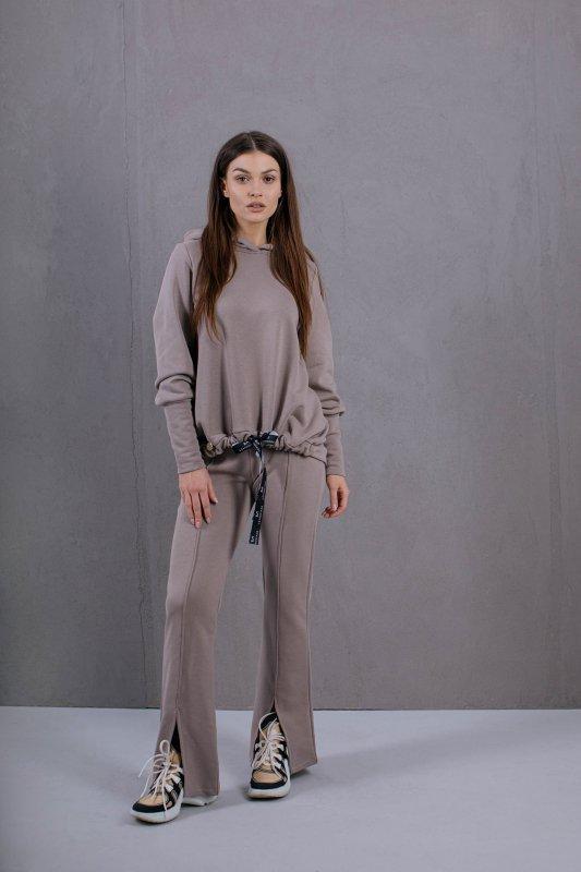 Spodnie Dresowe Model Stacy2 Taupe - Lemoniade