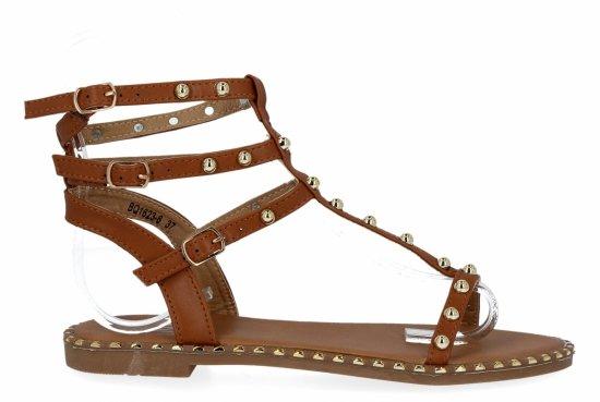Camelowe sandały damskie z ćwiekami firmy Bellicy