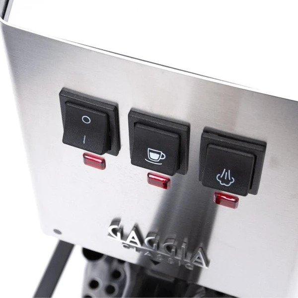 trzy funkcjonalne przyciski eksprsu do kawy Gaggia CLASSIC