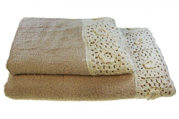 Ręcznik beżowy z koronką 70x140