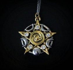 naszyjnik Gwiazda Skellig - pentagram z fazami księżyca