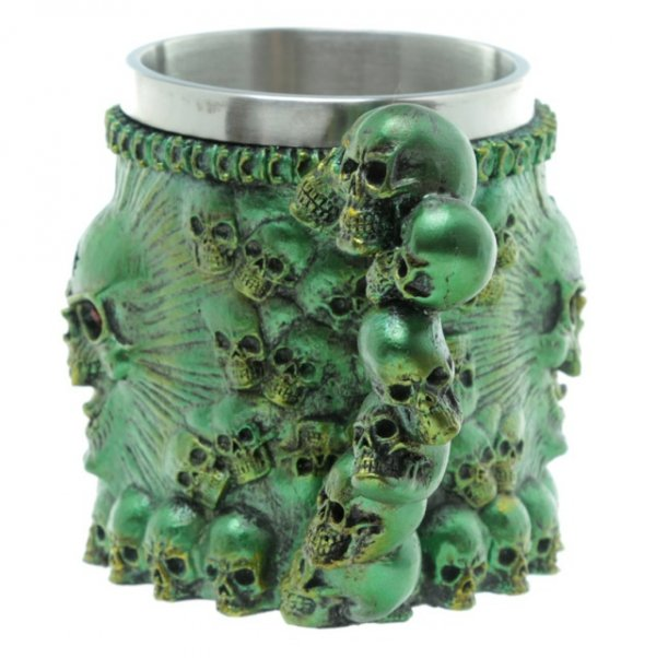 gotycki kufel z czaszkami zielony