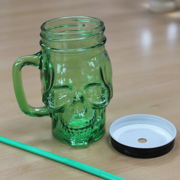 słoik na napoje - kubek czaszka - w kształcie czachy