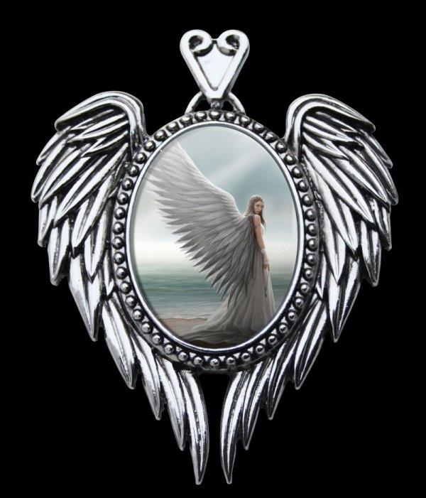 gotycka biżuteria, magiczna kamea z aniołem Duchowy Przewodnik - gotyckie kamee od Anne Stokes