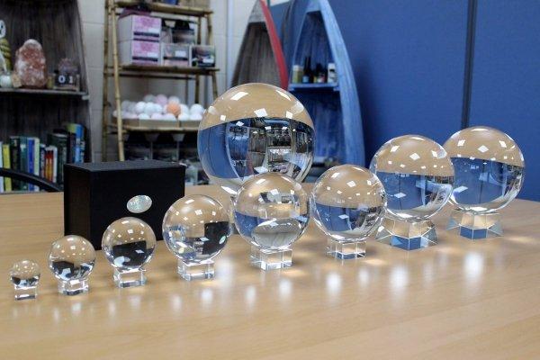 szklana kula kryształowa do wróżenia, szklane kule kryształowe dla wróżki