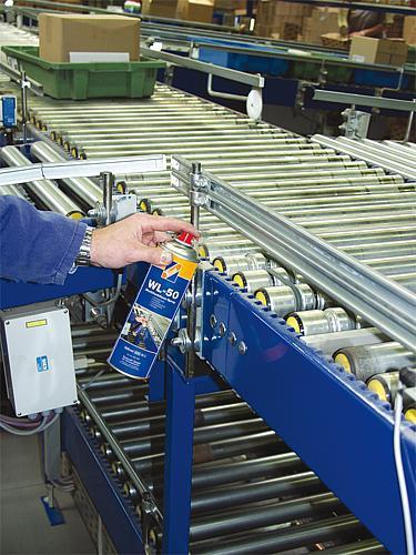 Wielofunkcyjny spray WL50 Technolit odrdzewia, smaruje