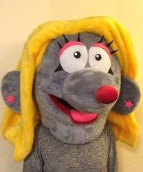Głowa chodzącej maskotki - Pani Szczurek 2