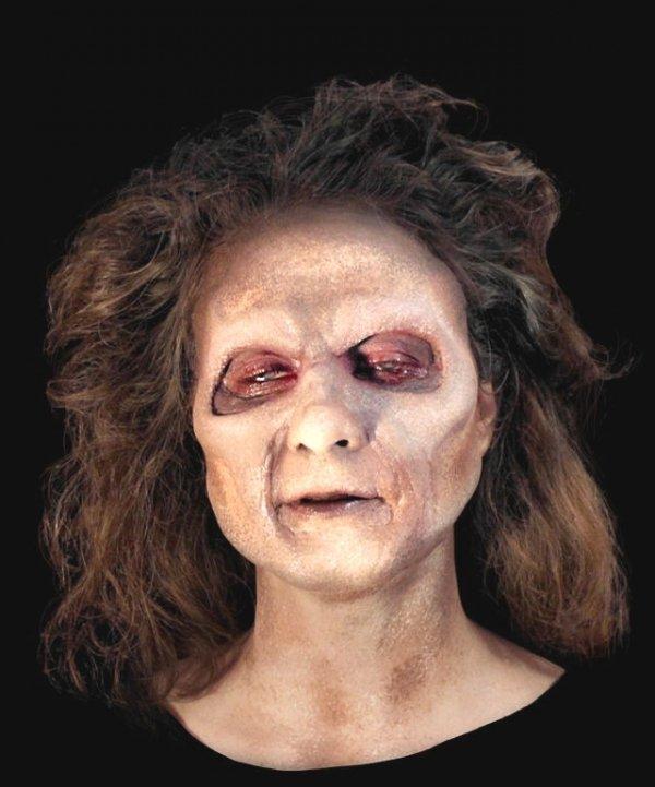 Maska klejona na twarzy - Zombie Girl Deluxe